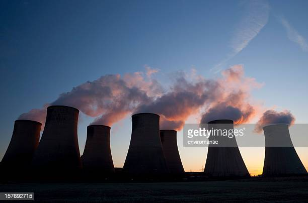 cooling towers at a coal fueled power station. - nottingham stock pictures, royalty-free photos & images