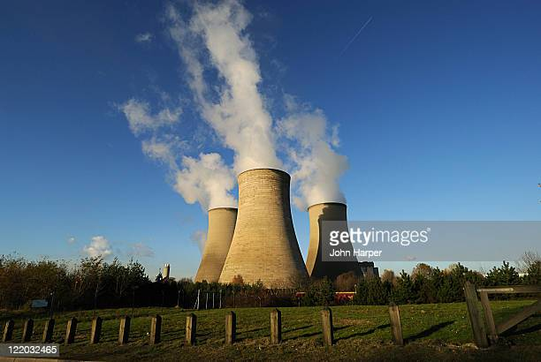 Cooling Towers, Oxford, U.K.