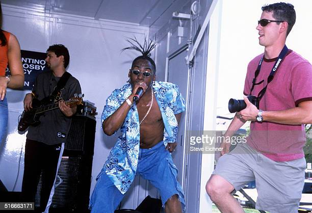 Coolio performs at Nassau Community College, Uniondale, New York, May 3, 2001.
