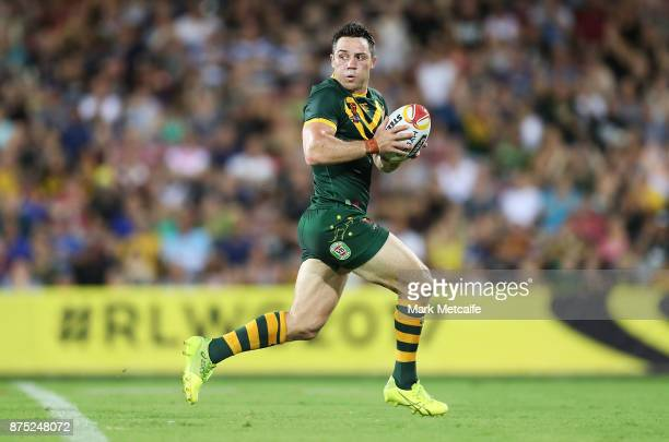 Cooper Cronk of Australia in action during the 2017 Rugby League World Cup Quarter Final match between Australia and Samoa at Darwin Stadium on...