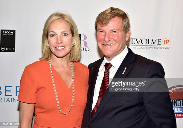 Coowner of the Cleveland Browns Dee Haslam and sports agent Leigh Steinberg attend the 29th Annual Leigh Steinberg Super Bowl Party on February 6...