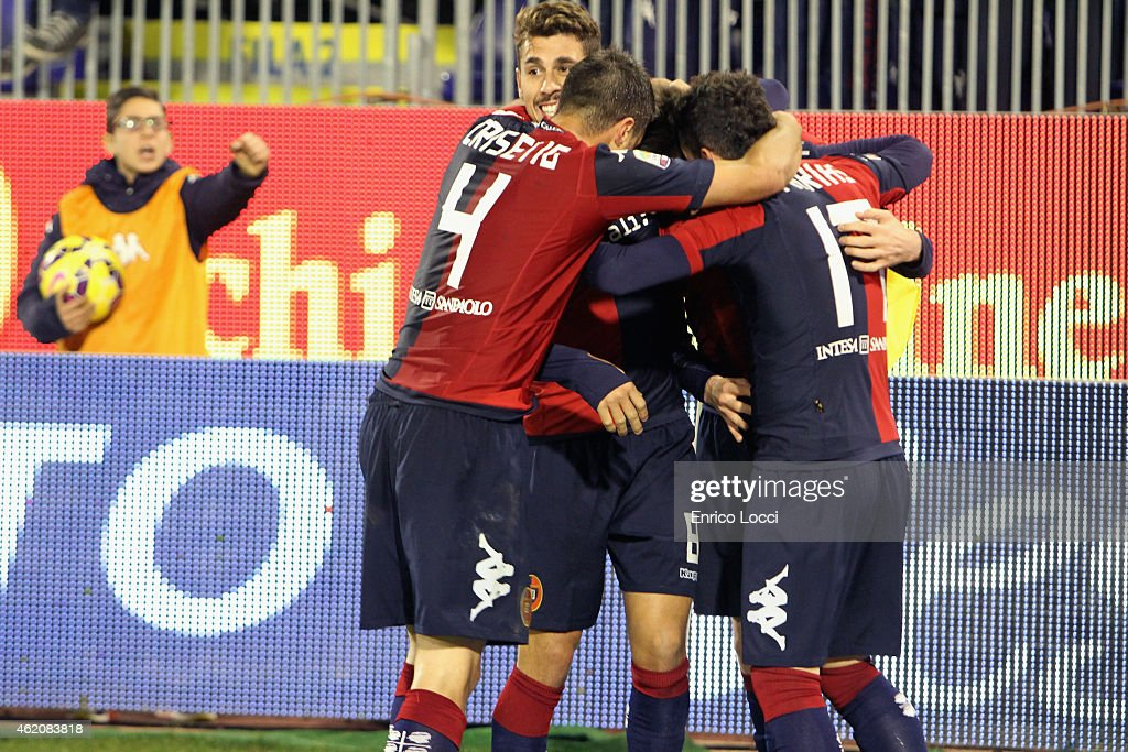 Cop Duje of cagliari celebrated the goal 2-1 during the Serie A match between Cagliari Calcio and US Sassuolo Calcio at Stadio Sant'Elia on January 24, 2015 in Cagliari, Italy.