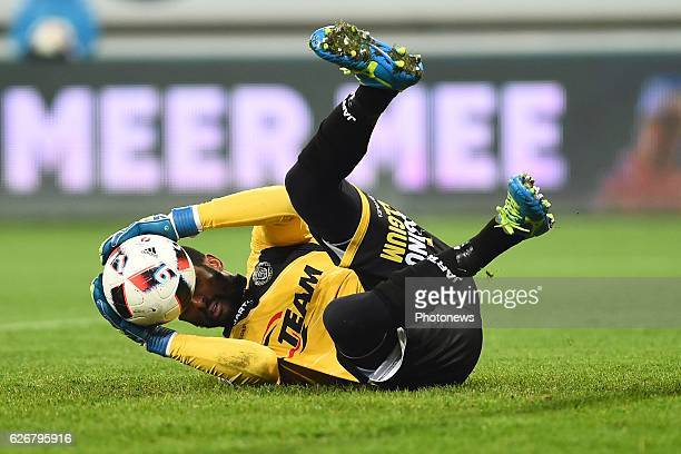 Copa Barry Boubacar goalkeeper of sporting lokeren during the Croky Cup match between KAA Gent and KSC LOKEREN in the Ghelamco Arena stadium on...