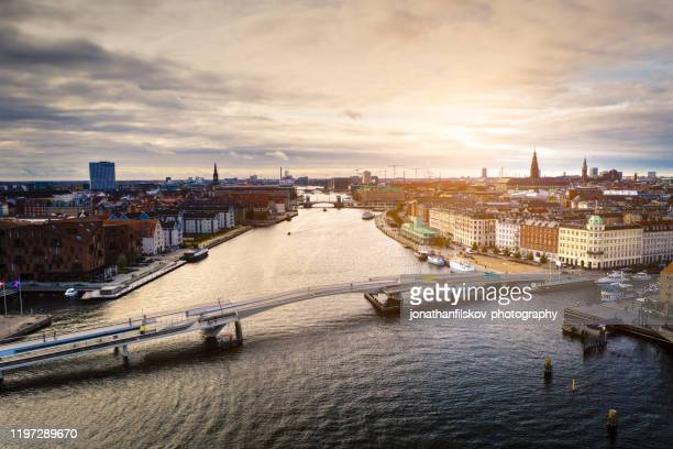 copenhagen cityscape: modern architecture at the sea - copenhagen stock pictures, royalty-free photos & images