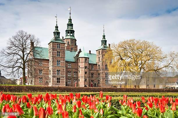 copenhagen rosenborg slot castle kongens have spring tulips denmark - copenhagen stock pictures, royalty-free photos & images