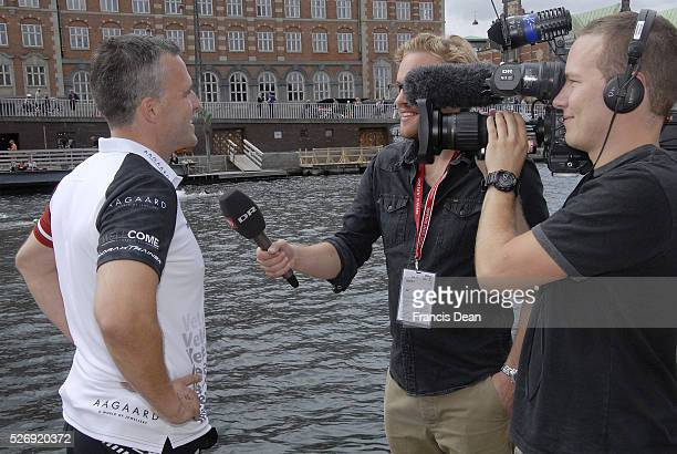 Copenhagen/Denmark/ 29 August 2015_USA Ambassador Rufus Gifford joins with ogroupd called Veterans in Motion and other 3300 swimer aournd the world...