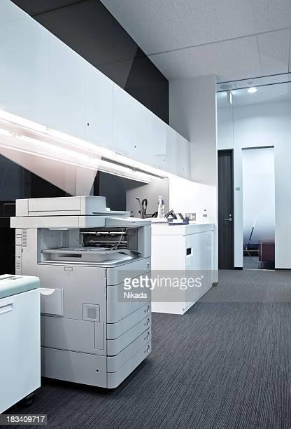 Copiadora em um escritório Chão