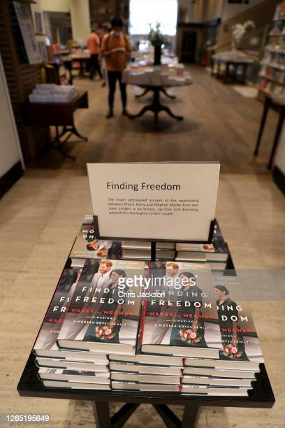 Copies of 'Finding Freedom' are stacked up in Waterstones Piccadilly on August 11, 2020 in London, England. Finding Freedom: Harry and Meghan and the...