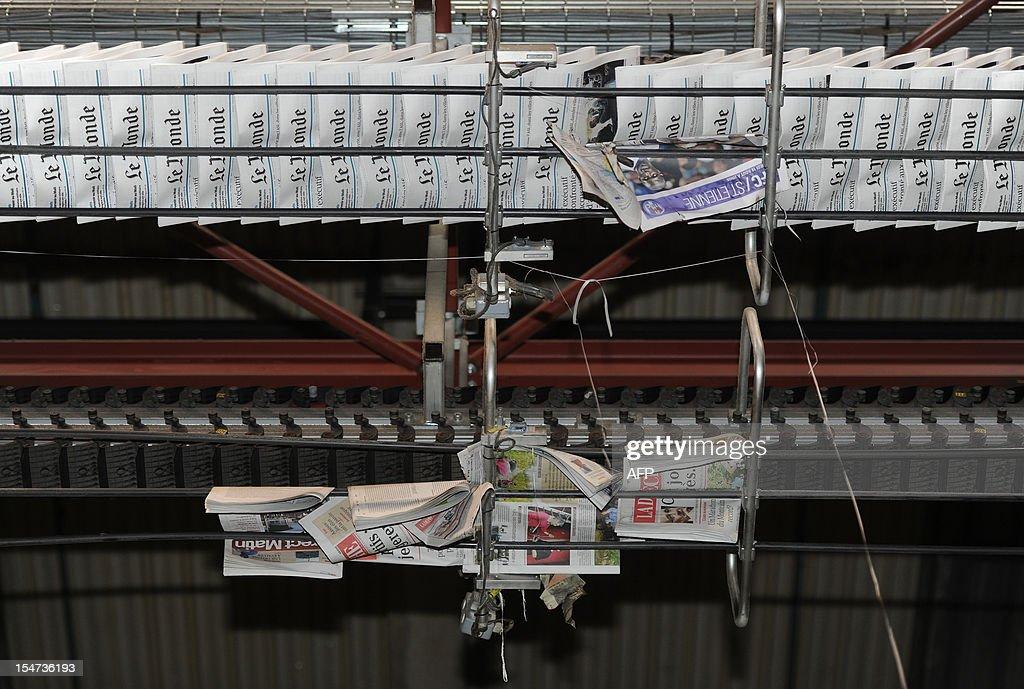 FRANCE-MEDIAS-PRESS-LE MONDE : News Photo