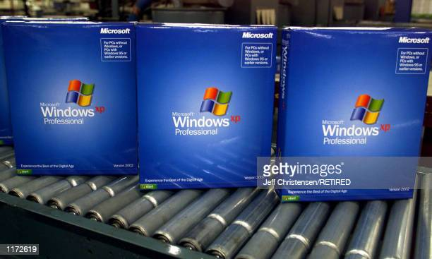 60 Top Windows Xp Pictures, Photos, & Images - Getty Images