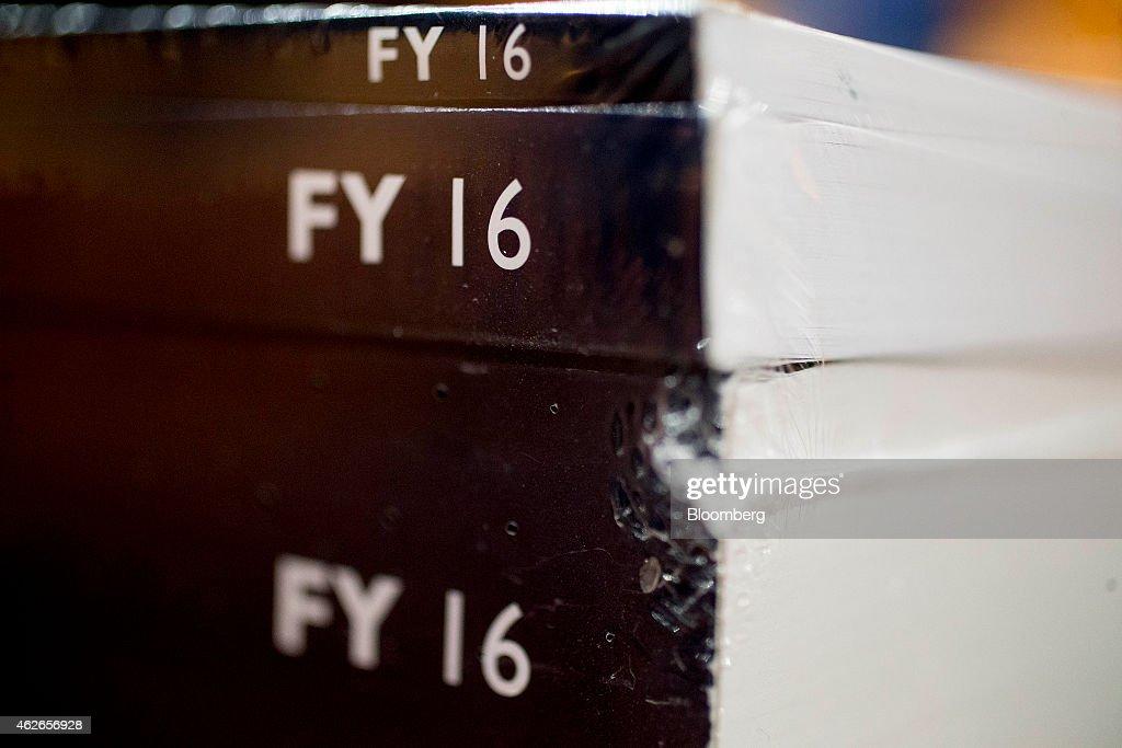 President Obama Sends FY 2016 Budget Plan To Congress : Nachrichtenfoto