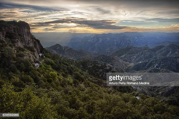 copper canyon, barrancas del cobre, mexico - mexico fotografías e imágenes de stock