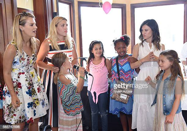 Copresident of Baby2Baby Kelly Sawyer Patricof actress Busy Philipps Birdie Silvertstein kids and copresident of Baby2Baby Norah Weinstein attend the...