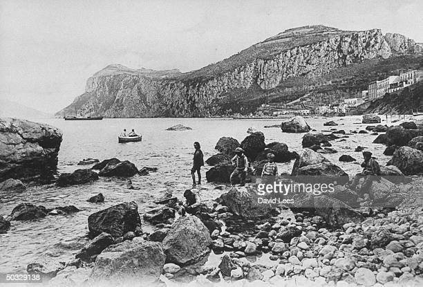 Copy of 1899 photo of coastline of Marina Grande