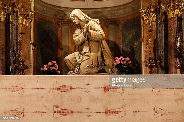 copy of the shroud of turin in san lorenzo church - turin stock pictures, royalty-free photos & images