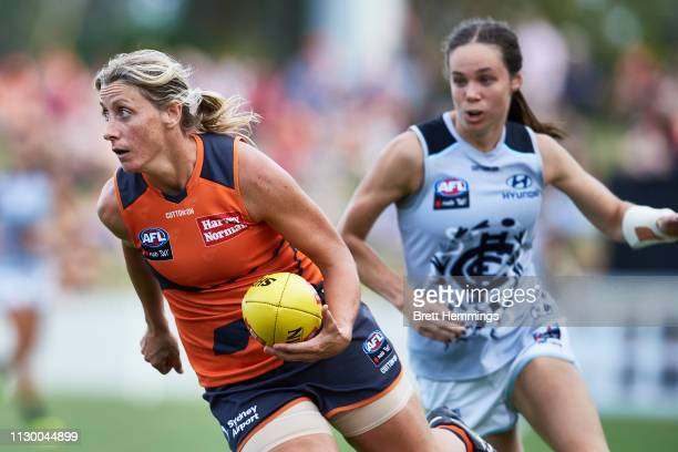 Cora Staunton of the Giants controls the ball during the round three AFLW match between the Greater Western Sydney Giants and the Carlton Blues at...