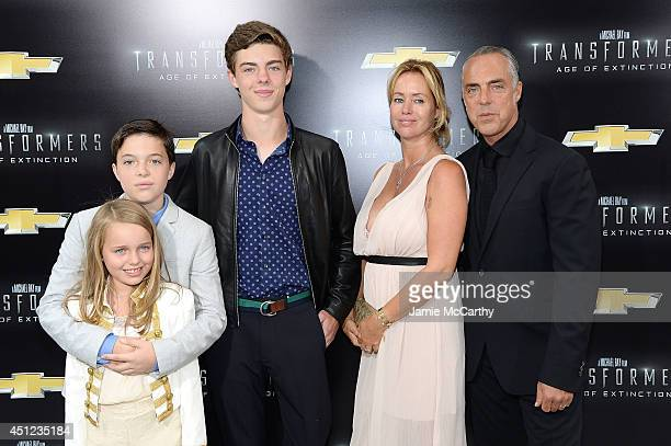 Cora Welliver Quinn Welliver Eamon Welliver Jose Stemkens and actor Titus Welliver attend the New York Premiere of Transformers Age Of Extinction at...