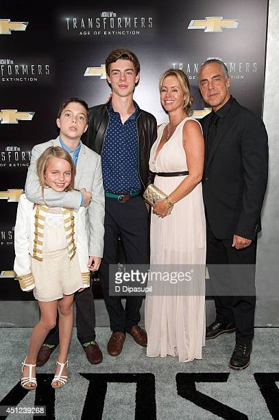 Cora Welliver Quinn Welliver Eamon Welliver Jose Stemkens and Titus Welliver attend the Transformers Age Of Extinction premiere at Ziegfeld Theater...