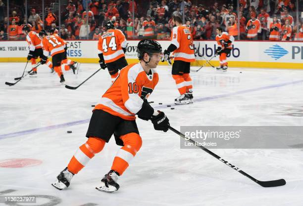 Corban Knight of the Philadelphia Flyers warmsup with teammates against the Ottawa Senators on March 11 2019 at the Wells Fargo Center in...