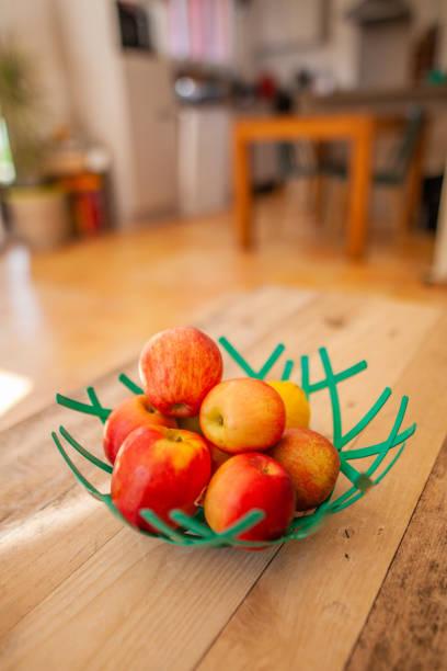 Corbeille de fruit à la maison