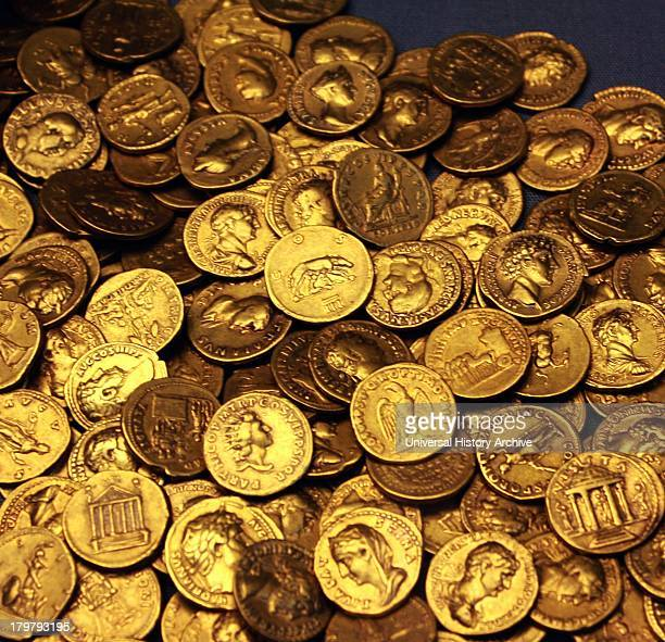 Corbridge hoard and jug Corbridge Northumberland about AD 160 These 160 gold aureus coins were found below the floor of a Roman house in Corbridge in...