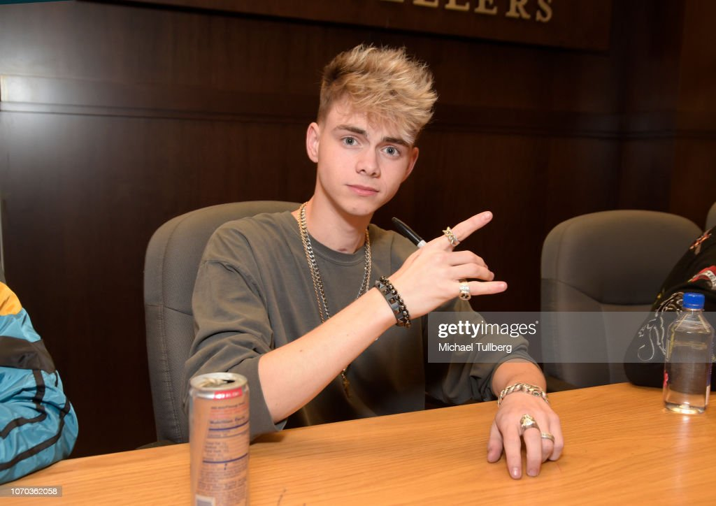 Corbyn Besson Of Why Don T We Attends A Signing Event For The Book