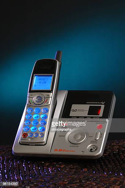 Cordless Phone and Digital Answering Machine