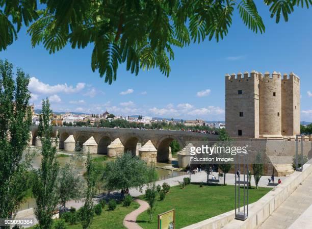 Cordoba Cordoba Province Andalusia southern Spain Torre de Calahorra and the Roman bridge The historic center of Cordoba is a UNESCO World Heritage...