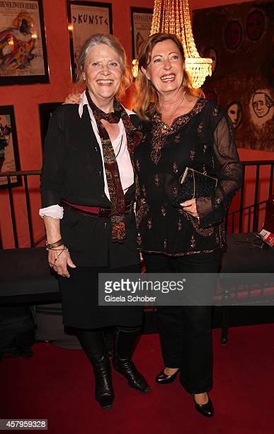 Cordula Trantow Veronika Faber attend the 'Alle Sieben Wellen' Premiere at Komoedie on October 27 2014 in Munich Germany