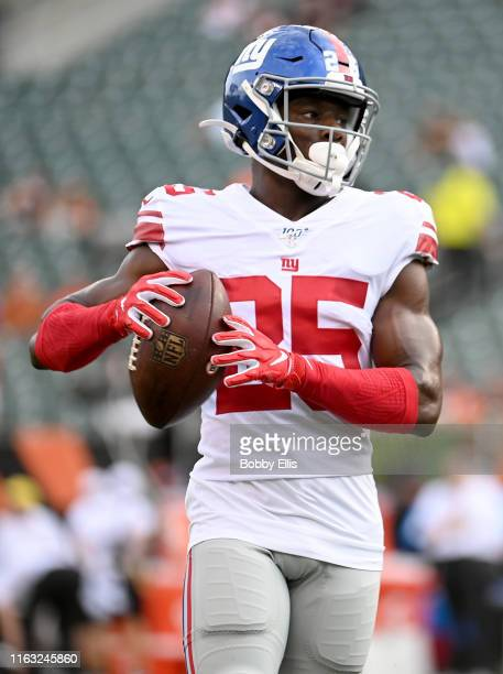 Corey Ballentine of the New York Giants warms up before the start of the preseason game against the Cincinnati Bengals at Paul Brown Stadium on...