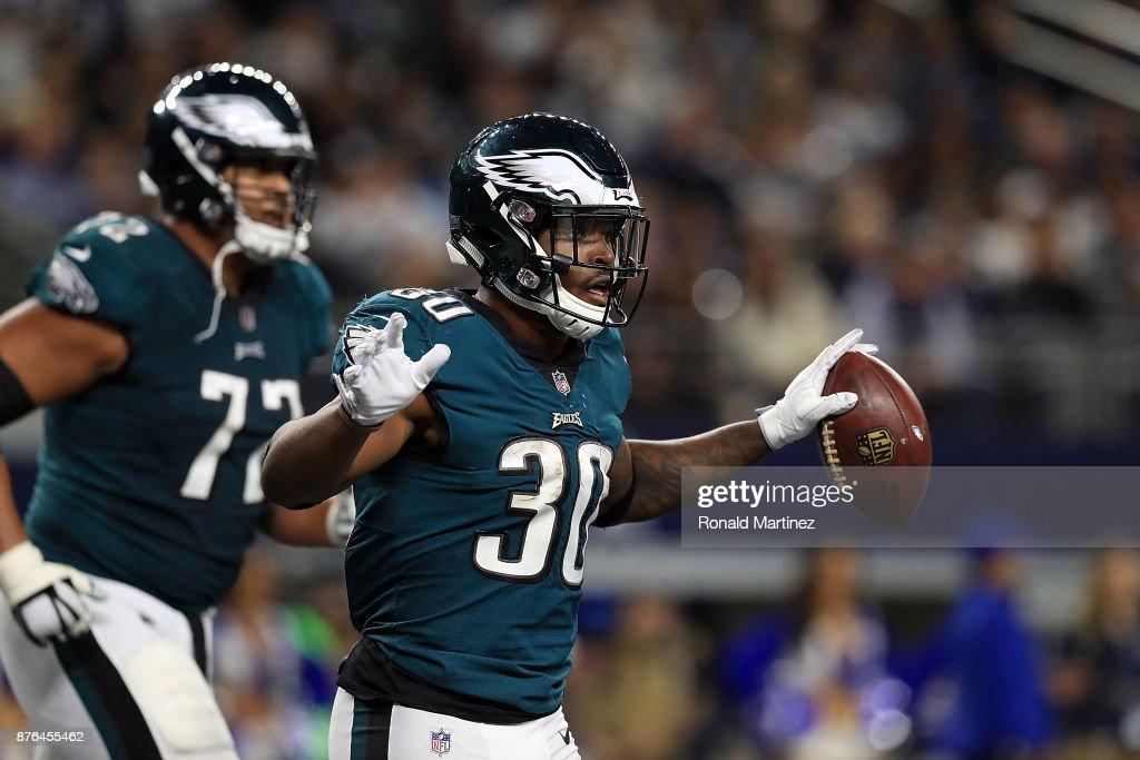 Corey Clement #30 of the Philadelphia Eagles celebrates after scoring in the third quarter against the Dallas Cowboys at AT&T Stadium on November 19, 2017 in Arlington, Texas.