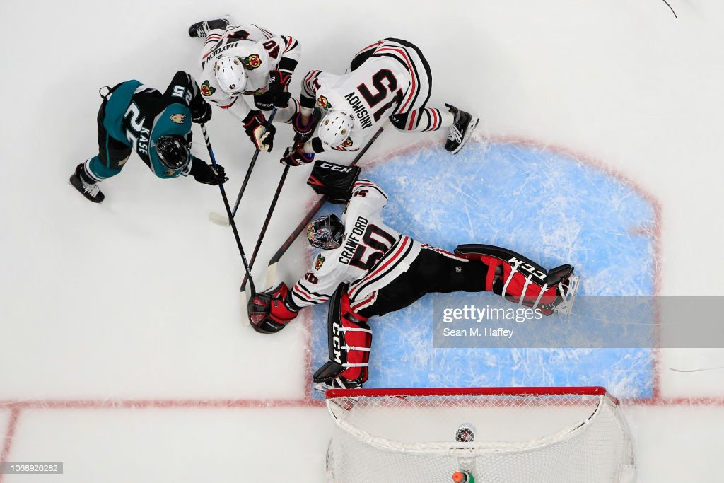 Chicago Blackhawks v Anaheim Ducks : News Photo