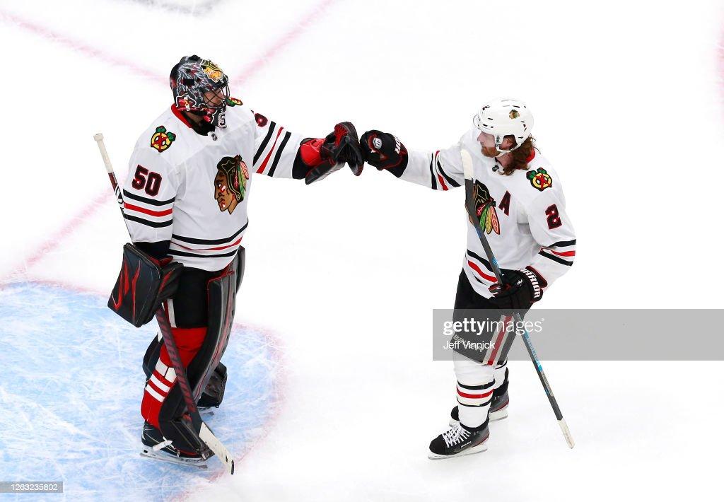 Chicago Blackhawks v Edmonton Oilers : News Photo