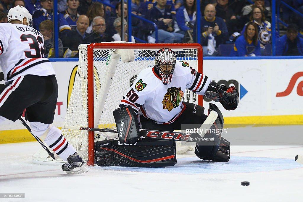 Chicago Blackhawks v St. Louis Blues - Game 1 : News Photo