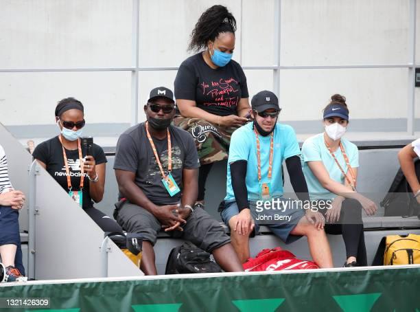 Corey Gauff, coach and father of Cori Coco Gauff of USA, Eric Hechtman, coach of Venus Williams of USA, above Isha Price, sister of Venus and Serena...