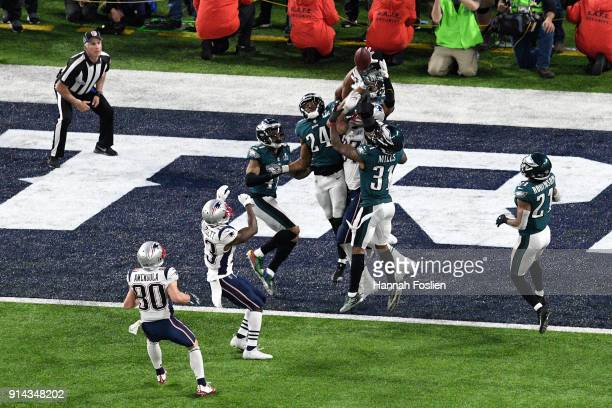Corey Graham of the Philadelphia Eagles breaks up a pass intended for Rob Gronkowski of the New England Patriots during the fourth quarter in Super...