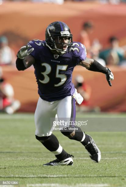 Corey Ivy of the Baltimore Ravens during the AFC Wild Card Game against the Miami Dolphins at Dolphin Stadium on January 4 2009 in Miami Florida The...