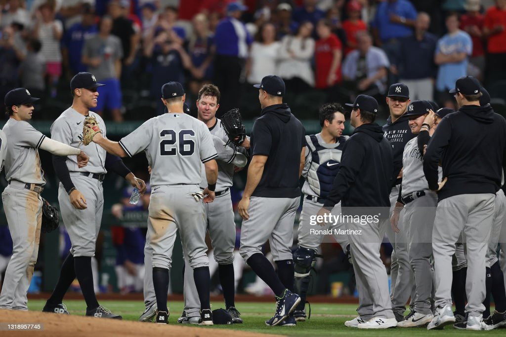 New York Yankees v Texas Rangers : News Photo