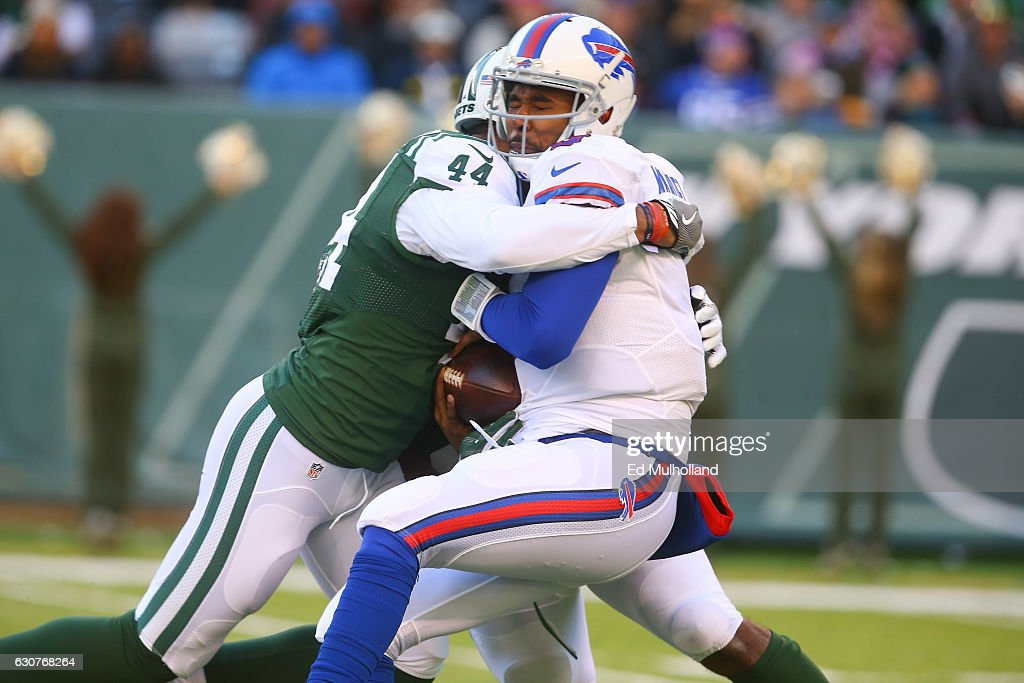 Corey Lemonier #44 of the New York Jets sacks EJ Manuel #3 of the Buffalo Bills during the second half at MetLife Stadium on January 1, 2017 in East Rutherford, New Jersey.
