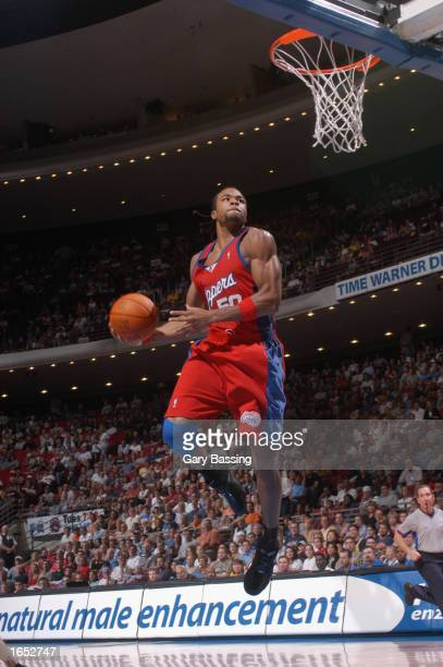 Corey Maggette of the Los Angeles Clippers dunks the ball during the NBA game against the Orlando Magic at TD Waterhouse Centre on November 10 2002...