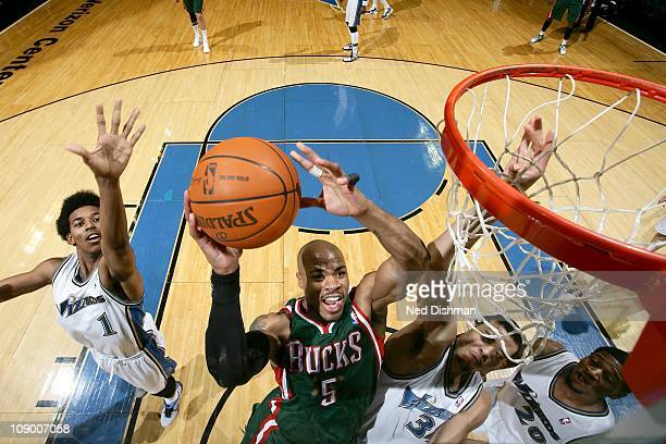 Corey Maggette of the Milwakee Bucks dunks the ball against the Washington Wizards on February 9 2011 at the Verizon Center in Washington DC NOTE TO...