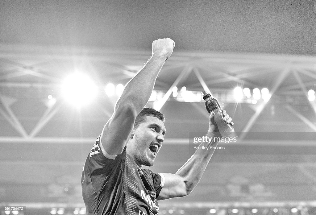 Corey Oates of the Broncos celebrates victory after the round 24 NRL match between the Brisbane Broncos and the Canterbury Bulldogs at Suncorp Stadium on August 18, 2016 in Brisbane, Australia.