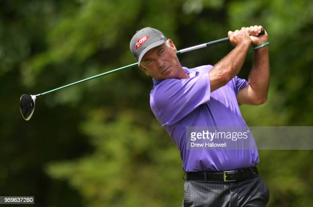Corey Pavin of the United States plays his tee shot on the sixth hole during the first round of the Regions Tradition on May 17 2018 in Birmingham...
