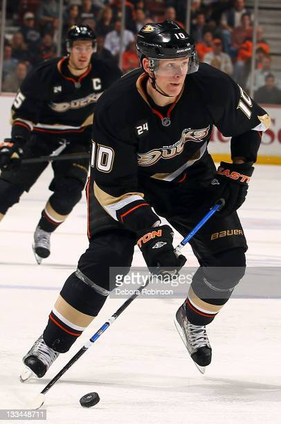 Corey Perry of the Anaheim Ducks controls the puck against Los Angeles Kings during the game on November 17 2011 at Honda Center in Anaheim...
