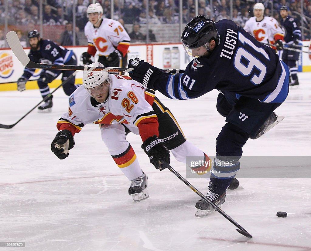 Calgary Flames v Winnipeg Jets : News Photo