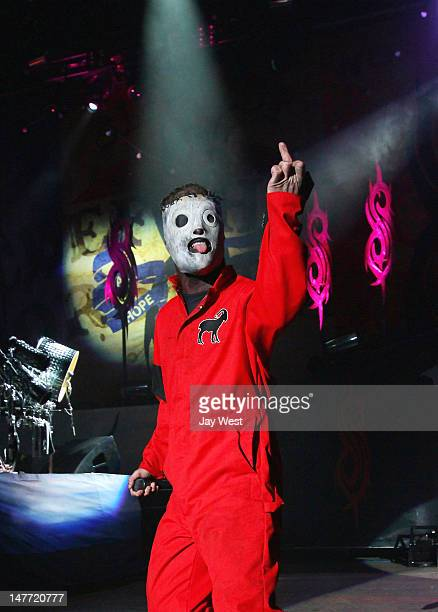 Corey Taylor of Slipknot performs in concert at 2012 Rockstar Energy Drink Mayhem Festival at Shoreline Amphitheatre on July 1 2012 in Mountain View...