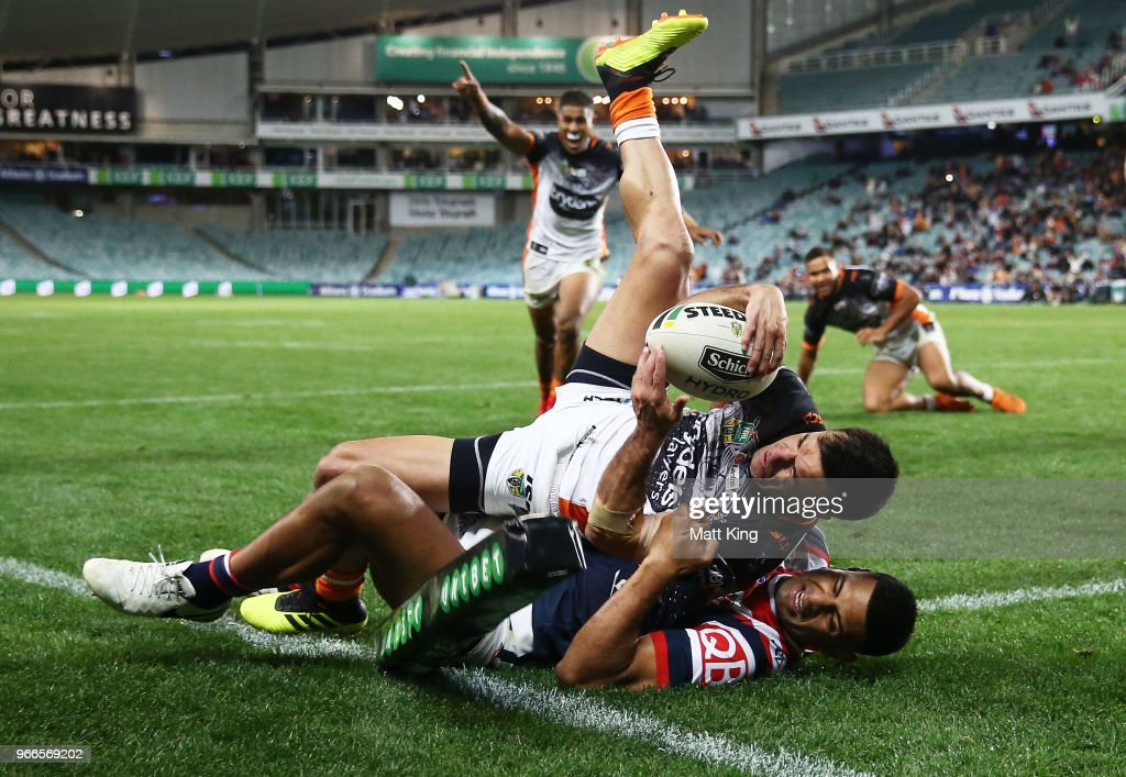 NRL Rd 13 - Roosters v Tigers : News Photo