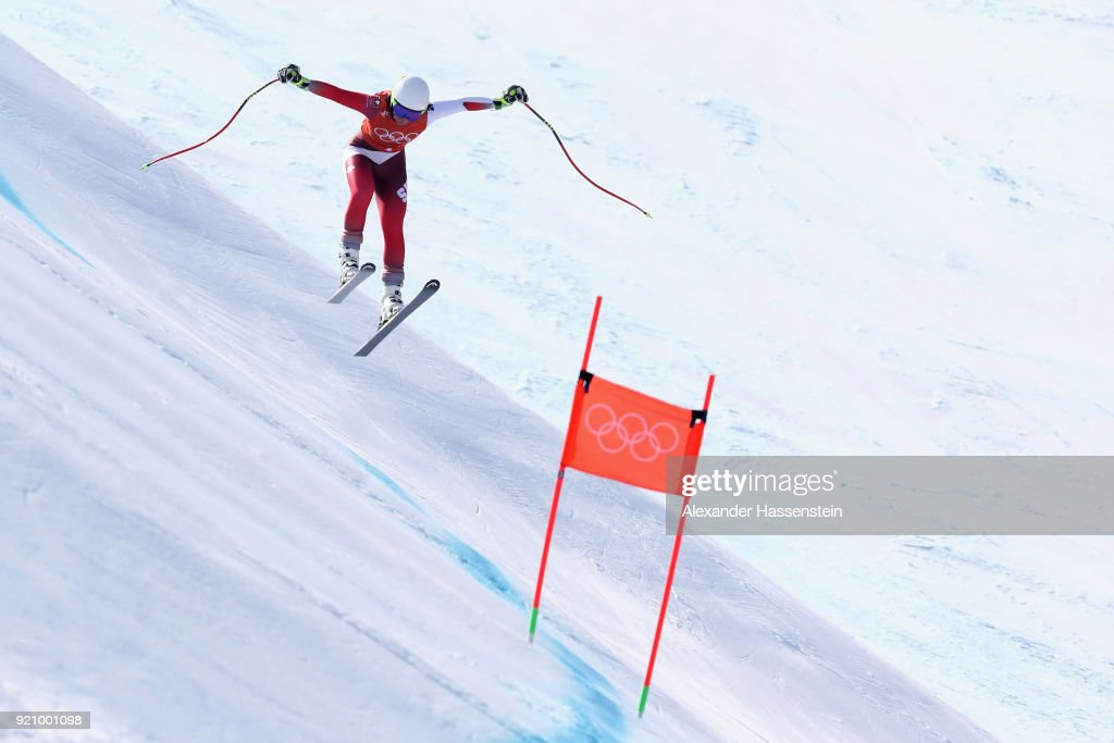 KOR: Alpine Skiing Training - Winter Olympics Day 11
