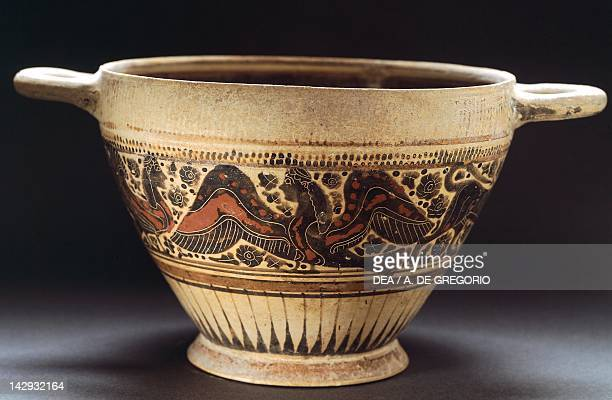 Corinthian pottery from Apulia Italy Ancient Greek civilization Magna Graecia Taranto Museo Archeologico Nazionale