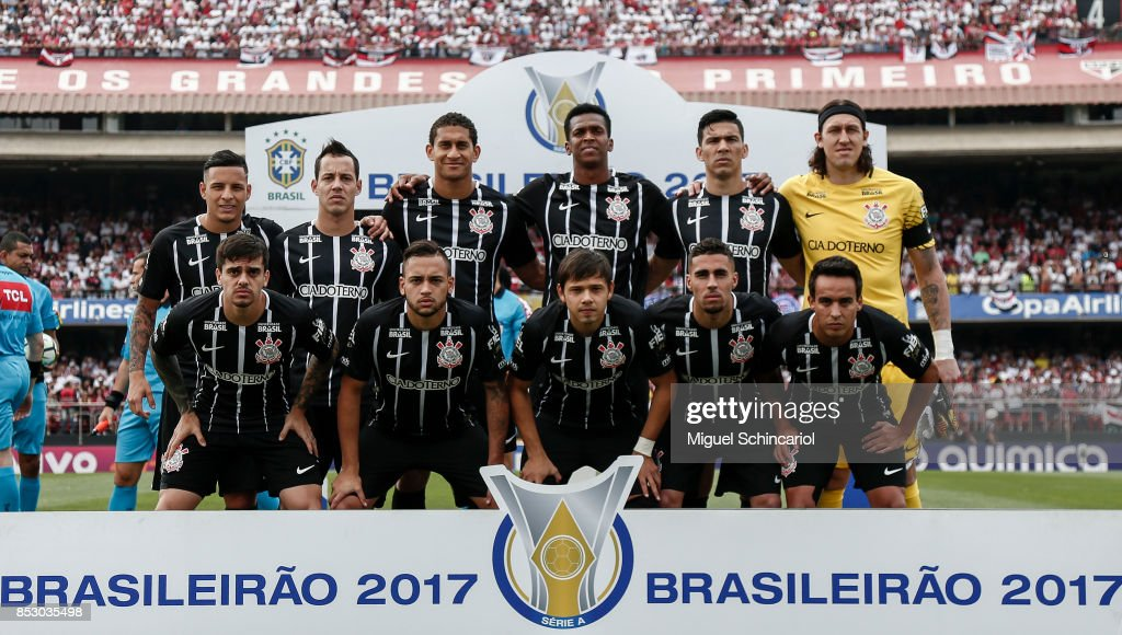 Corinthians team players poses before a match between Sao Paulo and Corinthians for the Brasileirao Series A 2017 at Morumbi Stadium on September 24, 2017 in Sao Paulo, Brazil.